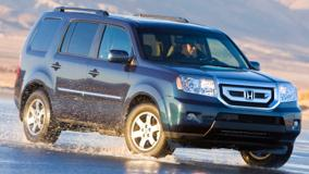 Running Honda Pilot 2010 In Black  Front Side Pose